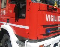 Tre vetture in fiamme nella notte a Sannicola, Taurisano e Lecce