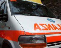 Travolto da un'auto sulla Lecce-Arnesano: 30enne muore in sella alla sua bici