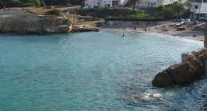 Sant'Andrea: bagnino salva bagnante ma la corrente lo spinge al largo