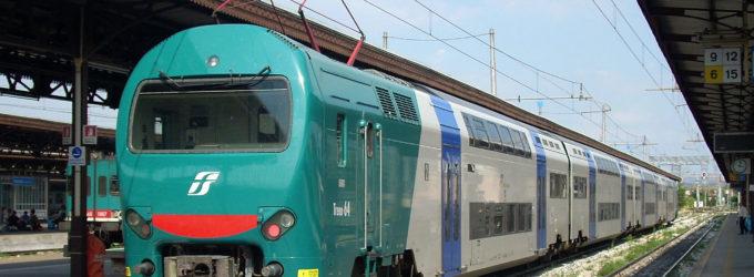 Tragedia alla stazione: 58enne muore travolto da un treno