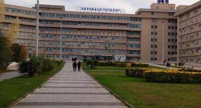Inaugurazione dell'anno scolastico, il sindaco Salvemini e l'assessore Patrizia Guida in visita alla scuola dell'Ospedale Vito Fazzi