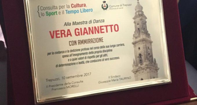 """""""GEMME DELLO SPORT"""": PREMIO ALLA CARRIERA ALLA MAESTRA DI DANZA VERA GIANNETTO"""