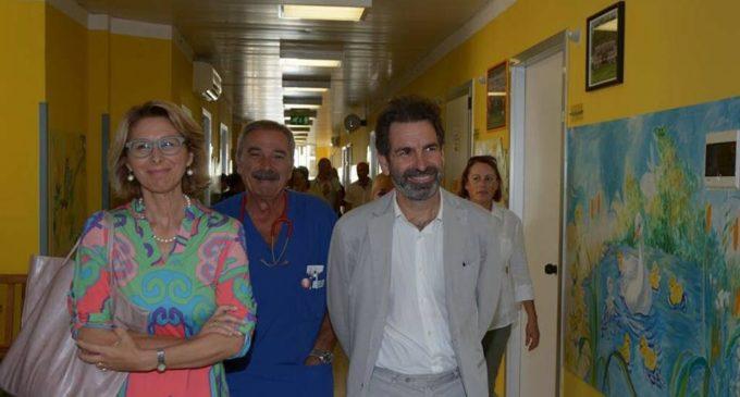 """Inaugurazione dell'anno scolastico, il sindaco e l'assessore Guida in visita all'istituto comprensivo """"Ammirato-Falcone"""""""