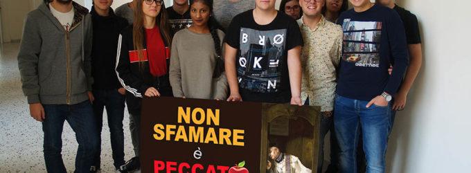 """Slogan e poster degli studenti per celebrare Giornata Mondiale Alimentazione: """"Non sfamare è peccato mondiale"""""""