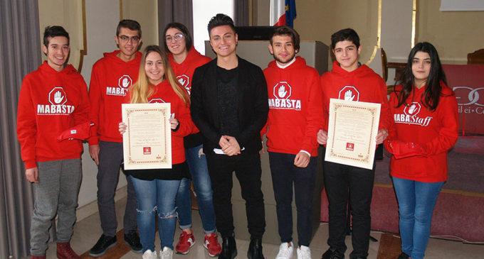 """Il vincitore di Amici 2011 """"Virginio"""" ha  incontrato i ragazzi di Mabasta"""