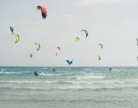 """King of the air"": a Porto Cesareo la gara di salto Kitesurf"