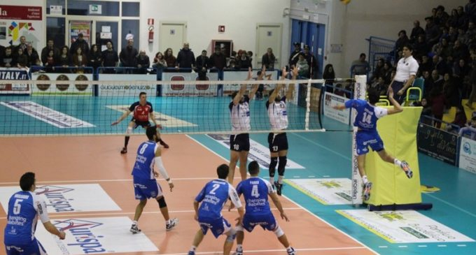 Volley, tonfo dell'Aurispa Alessano