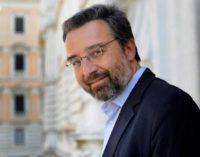 """MARCO DAMILANO TORNA NEL SALENTO PER PRESENTARE """"UN ATOMO DI VERITÀ. IL CASO MORO E LA FINE DELLA POLITICA IN ITALIA"""""""