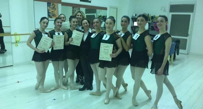 Balletto del Salento di Trepuzzi: esami di danza classica superati egregiamente e due borse di studio in arrivo