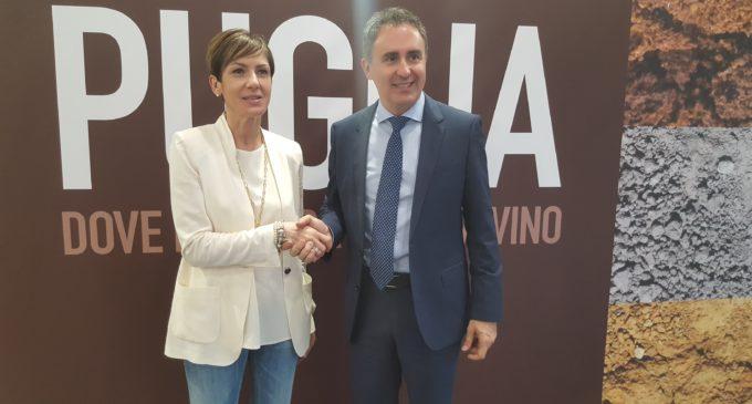 """Prima giornata della Puglia al Vinitaly 2018. Di Gioia: """"Settore vitale e solido"""""""