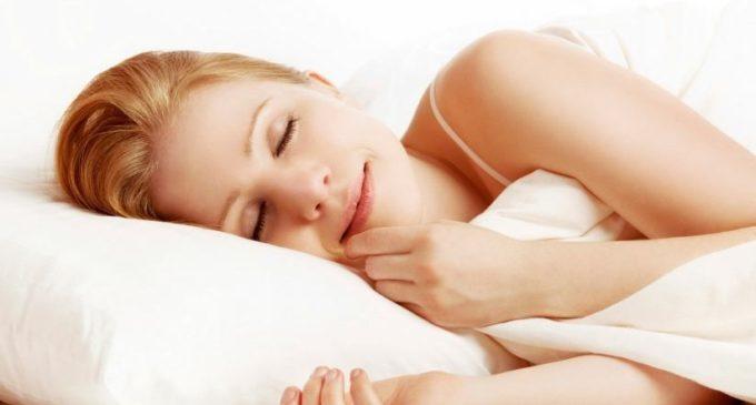 Sonno e benessere. Per alcuni studi le donne hanno bisogno di dormire di più