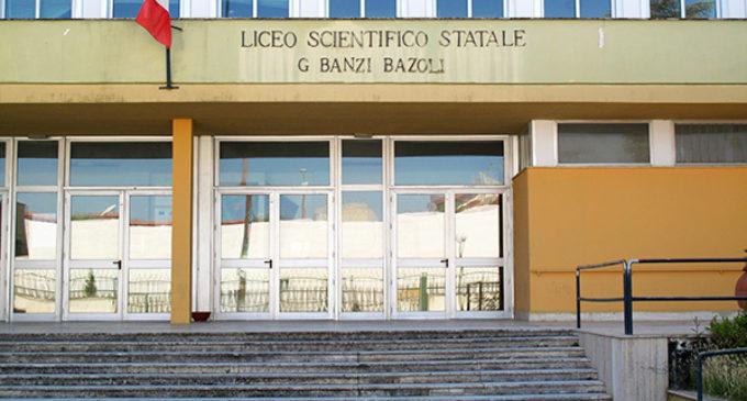 Bravate prima degli esami: notte movimentata per il Banzi, il Calasso e il Galilei-Costa